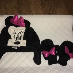 Baby gap Minnie Mouse bow hat & mittens set sz s/m